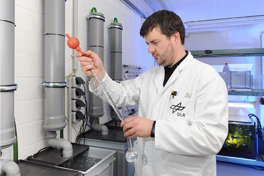 Deutsches Zentrum für Luft- und Raumfahrt Forschungsprojekt 2012